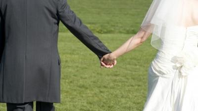 İkinci evliliği yapana 12 maaş!