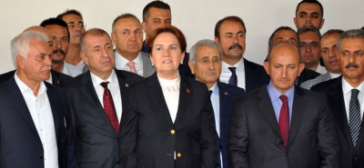 MERAL AKŞENER'E OTEL ŞOKU! GEREKİRSE ÇADIRDA...
