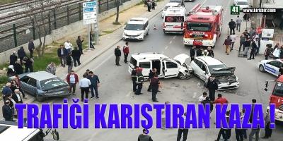 TRAFİĞİ KARIŞTIRAN KAZA