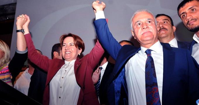 İYİ PARTİ'DE İLK KRİZ PATLAK VERDİ