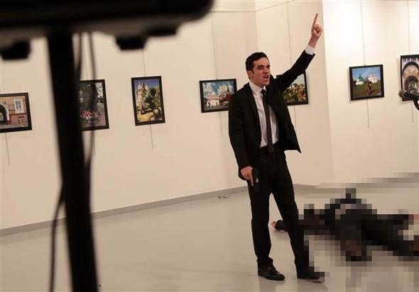 Son dakika haberi: Rusya Büyükelçisi Ankara'da silahlı suikasta uğradı